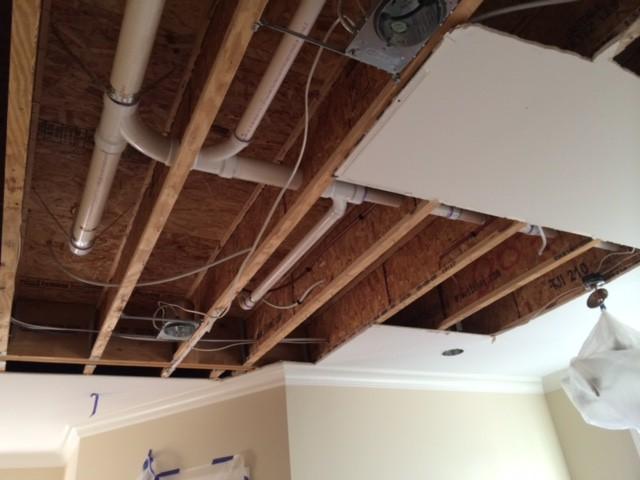 Ceiling leak - Picture 3