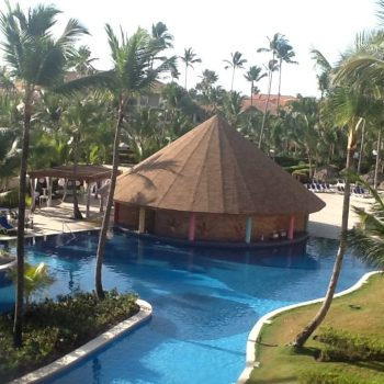 Punta Canta swim-up bar