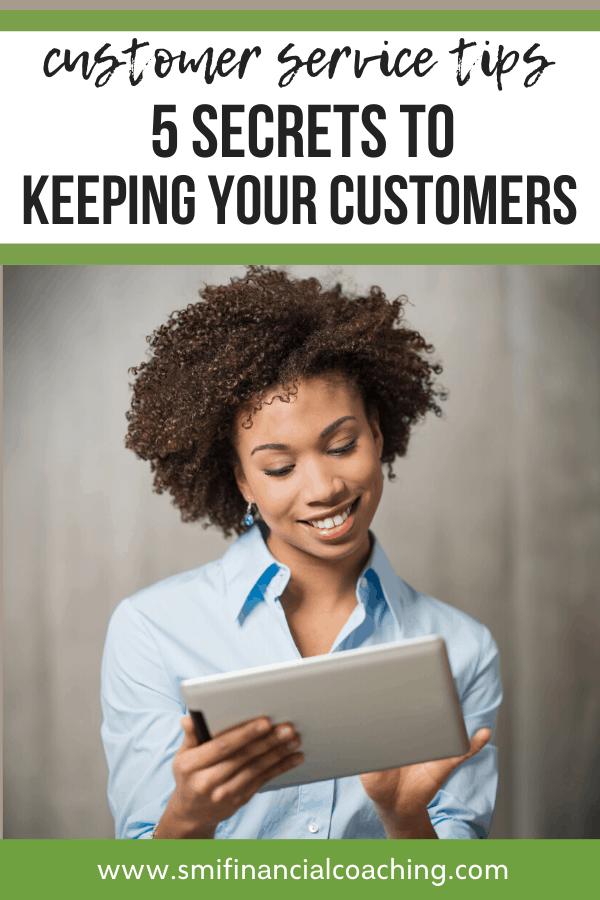 Entrepreneur providing excellent customer service online.
