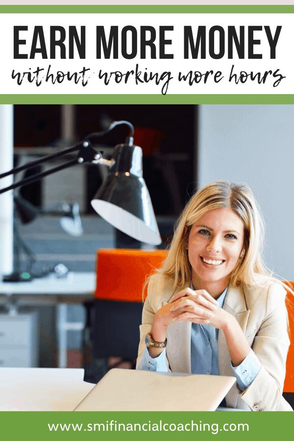 Entrepreneur woman with a laptop on a desk.